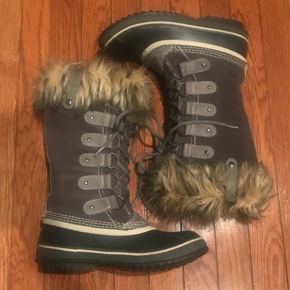 b8bfe85971bef Sorel Shoes | Joan Of Arctic Snow Boot With Faux Fur Trim | Poshmark